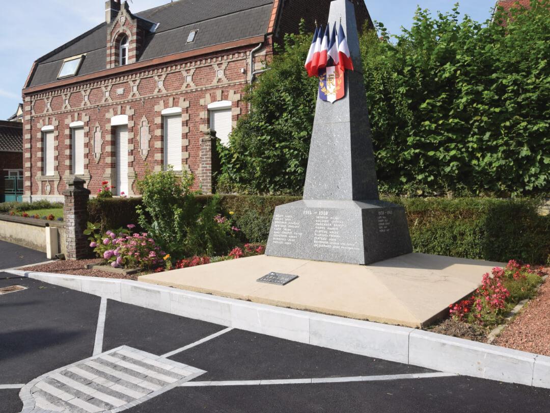Le monument aux Morts de Noyelles sur Escaut